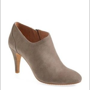 Vince Camuto Vala Booties